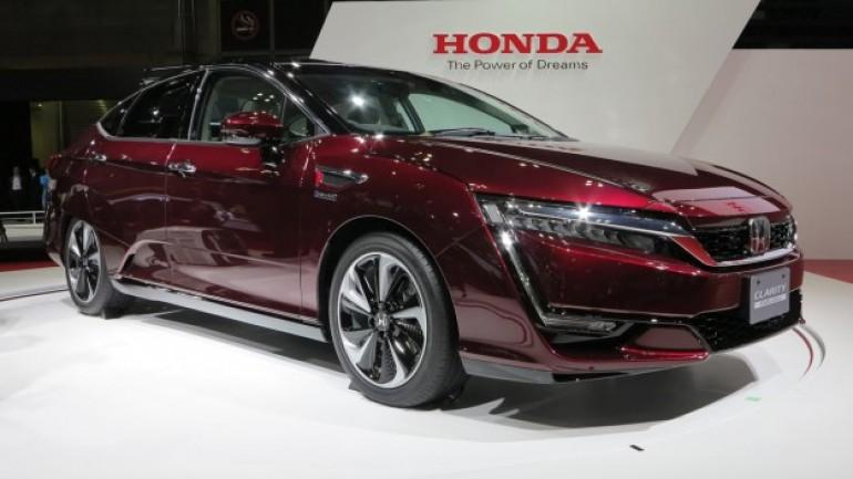 Teknologi-Honda-Clarity-Fuel-Cell